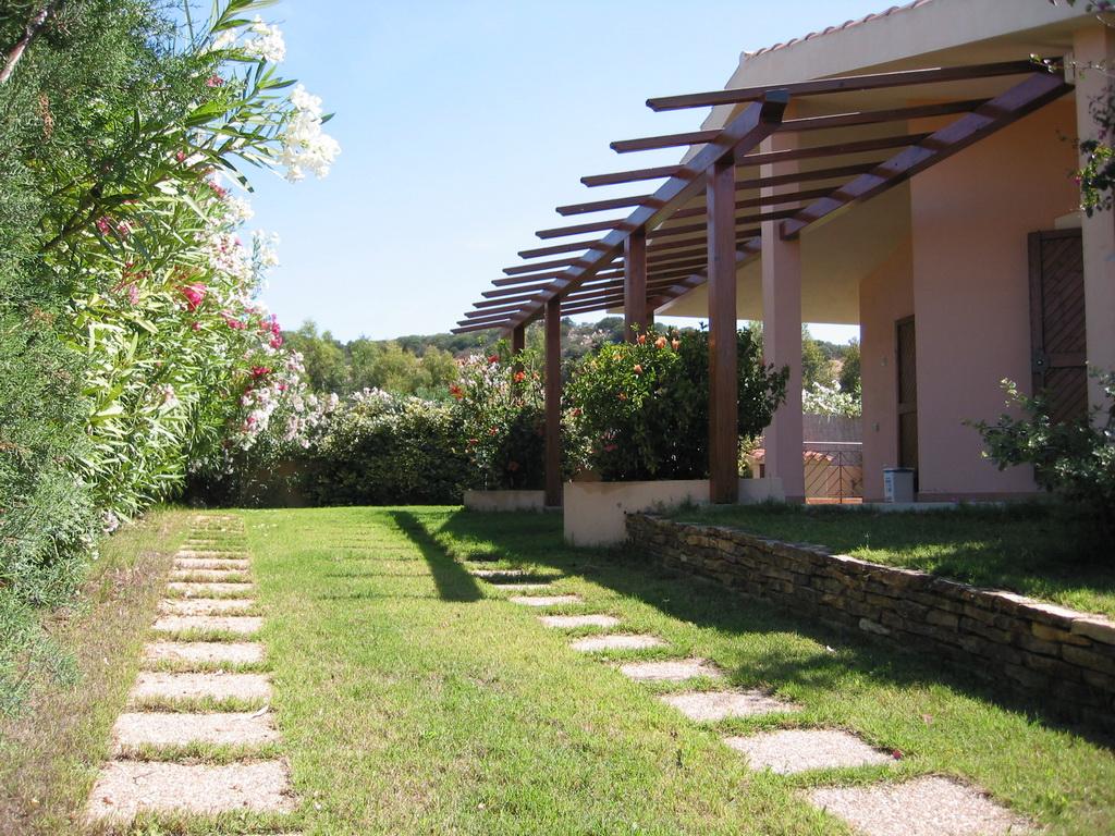Villa oder ferienhaus mieten in villasimius sardinien for Sardinien haus mieten